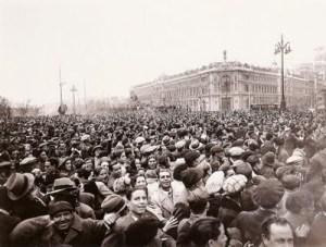 Manifestación tras el triunfo electoral del Frente Popular, Alfonso Sánchez Portela. Febrero de 1936