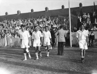 Partido de las olimpiadas de 1948, donde si les permitieron jugar sin calzado
